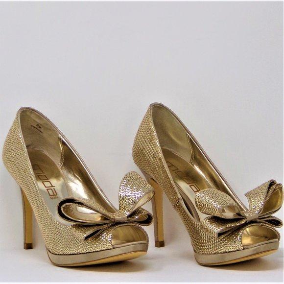 MODA SPANA size 5.5M gold open-toe pumps